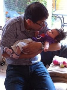 2011-07-15 Chloe met hulp van oom