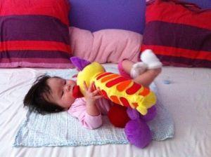 2011-09-04 Chloe met rups3