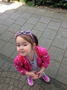 2014-06-01 Chloe klaar om te shoppen2