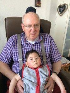 2014-06-07 Sylvain logeert bij opa en oma10