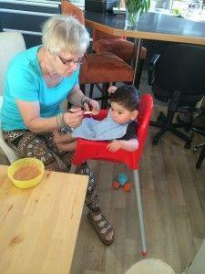 2014-06-07 Sylvain logeert bij opa en oma12