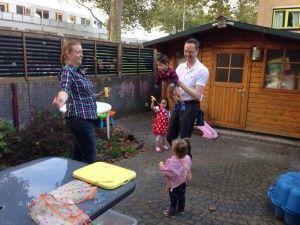 2014-09-28 Kids spelen met Josephine in de tuin4