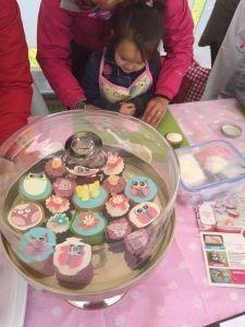 2015-05-30 Kids bij Cakes2Go markt09