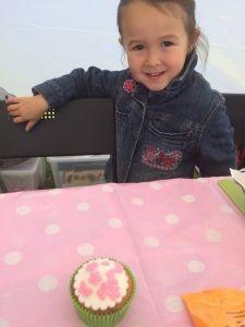 2015-05-30 Kids bij Cakes2Go markt18