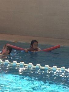 2015-08-22 Chloe en haar eerste zwemles6