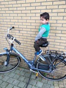 2015-09-24 Sylvain op fiets van Rowan