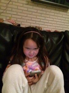 2016-01-17 Chloe heeft eindelijk haar eigen iPhone4