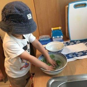 2016-08-02 Kids helpen met koken3
