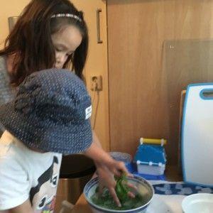 2016-08-02 Kids helpen met koken4