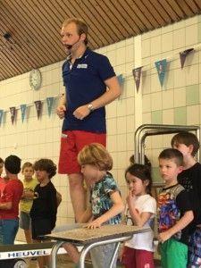 2016-10-30-chloe-afzwemmen-voor-a-diploma08